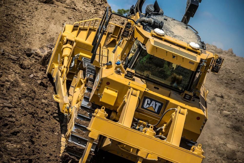 Der neue Cat Kettendozer D8T mit rund 40 Tonnen Einsatzgewicht