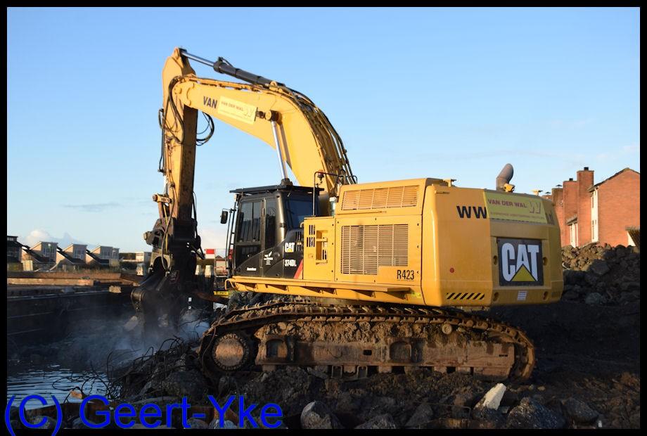 cat 374d met mp 365 multi-processor.jpg