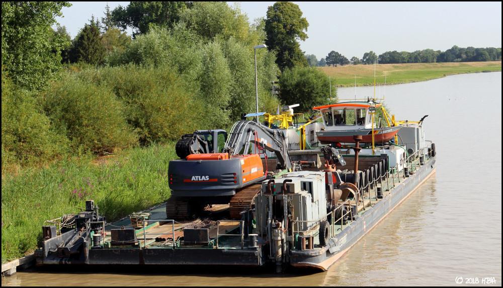 Baggerschiff_Leerort_Atlas260LC_3.thumb.jpg.f14c89965f5ce6d4bb9243c0a00b6213.jpg