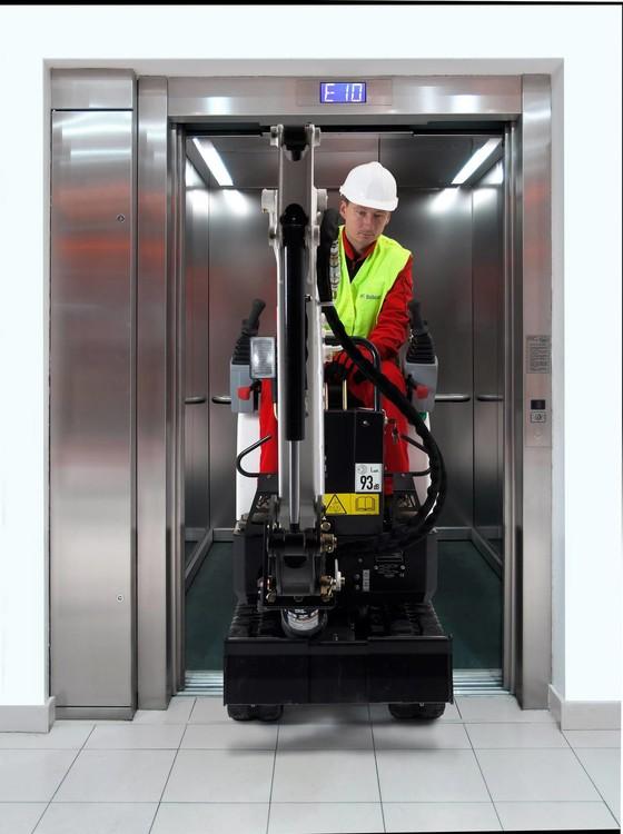 elevator+E10_1920.jpg