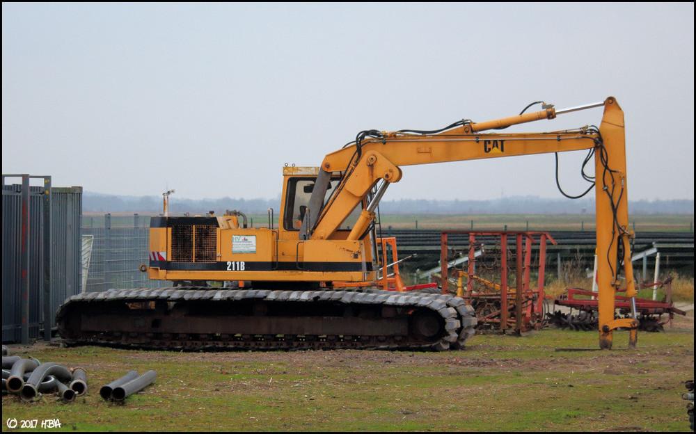 Caterpillar_211B_Moor1.thumb.jpg.2773eb0c1bb3da157e9c8cccfb0bfda5.jpg