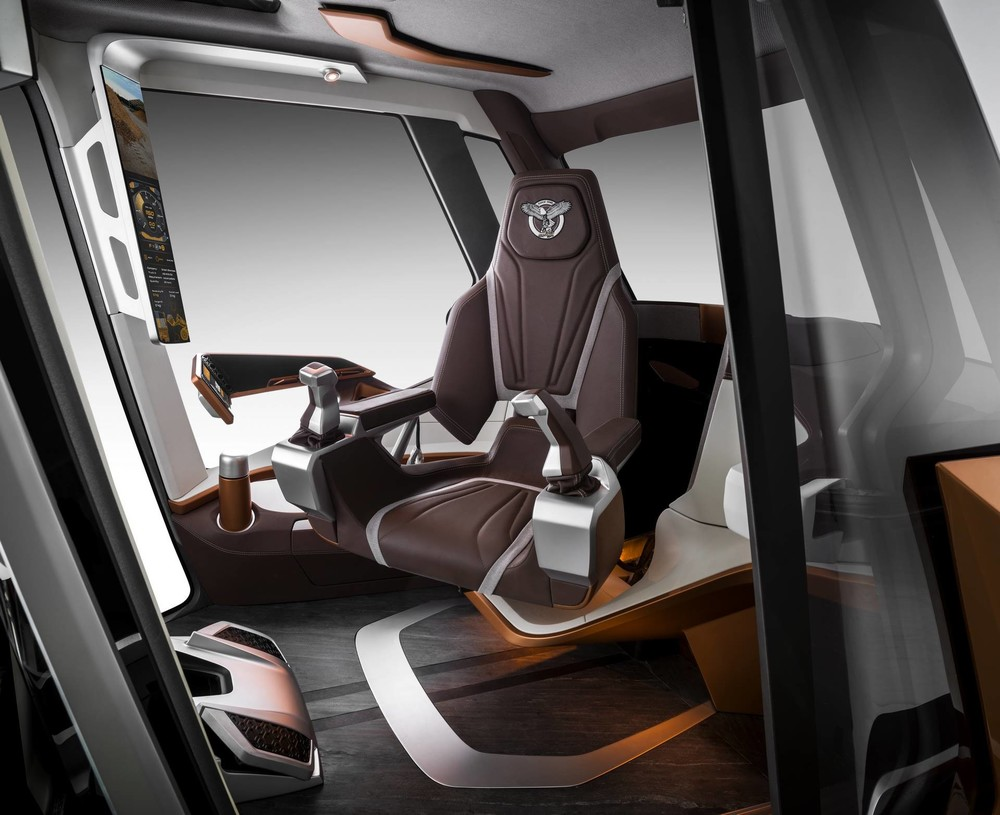06 The ergonomic and comfortable seat features industry-first automatic pivoting functionality_6547 (1920).jpg