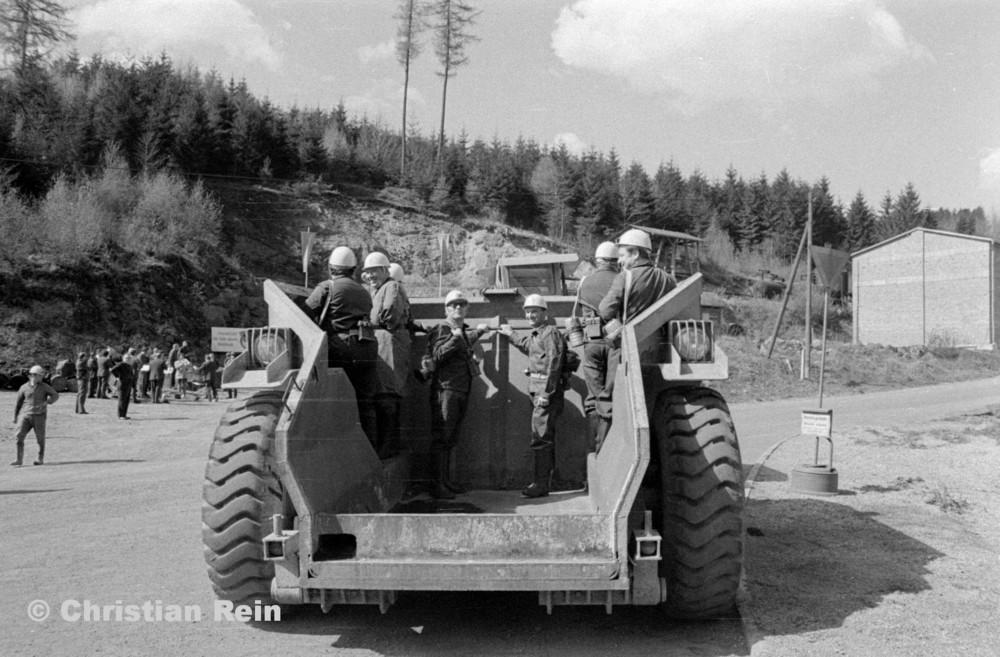 h-sw-056-36-Film3-Einweihung Schrägstollen(Truck) 22.04.74-33.jpg