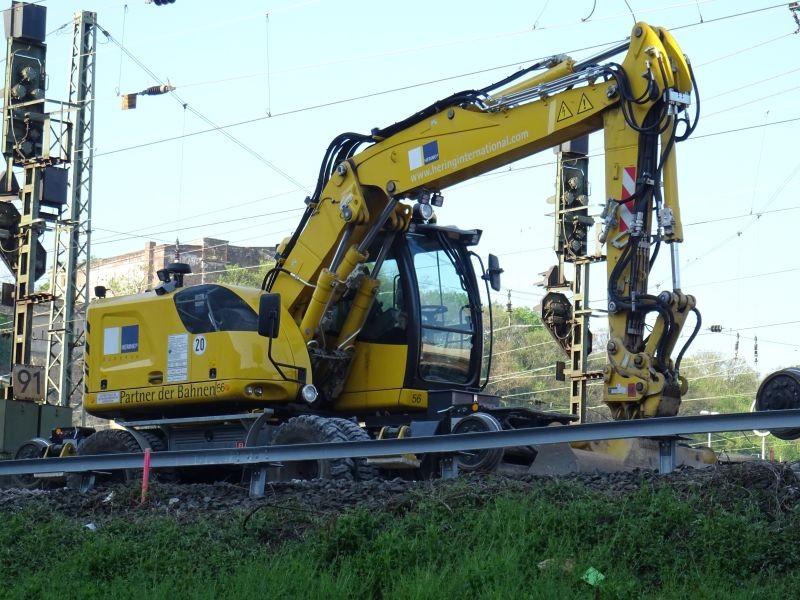 a 922 rail.jpg