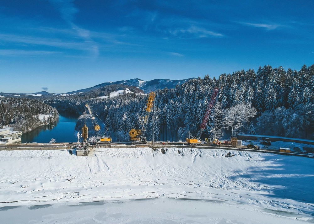 2019-10_BAUER_Reopening of the Forggensee reservoir dam (2) (1920).jpg