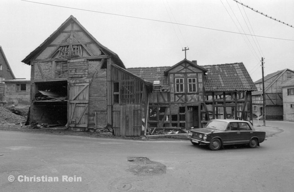 h-sw-060-04-Film3-Abbruch der Häuser Eisensteinstraße 12 und 14 Mai 1977-05.jpg