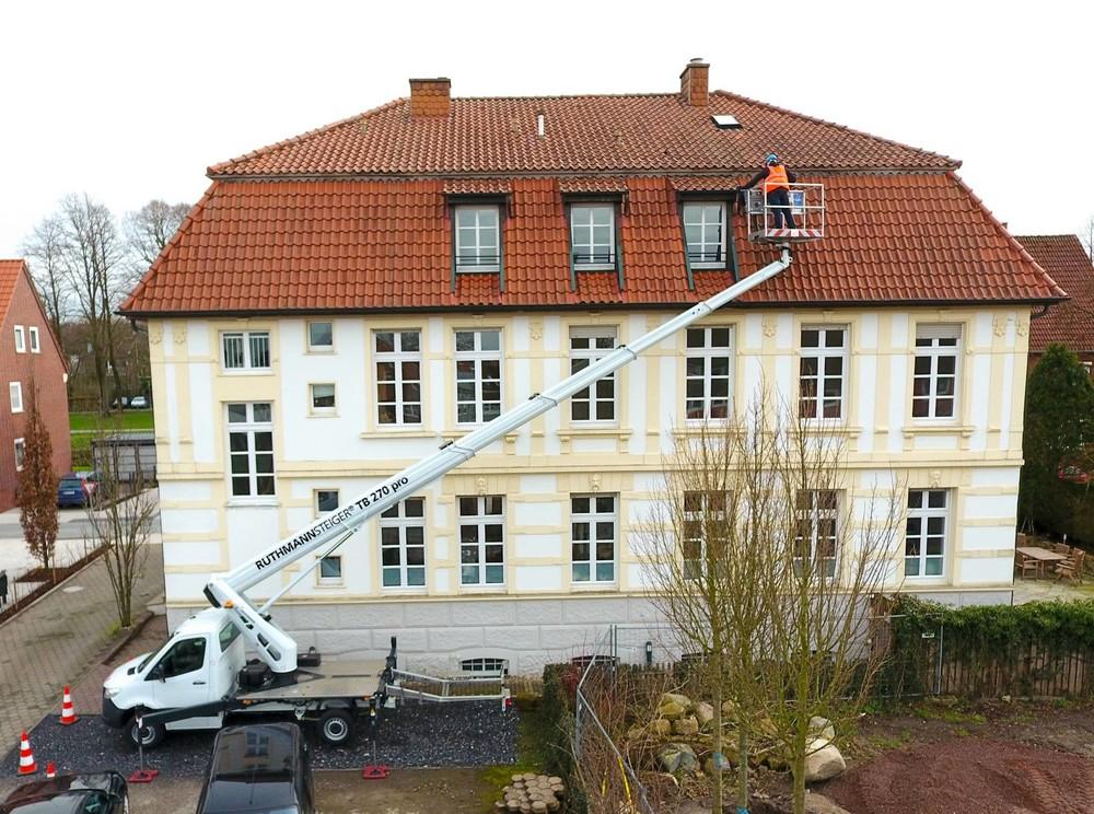 RUTHMANN-Steiger_TB_270_pro_LKW-Arbeitsbühne_27m-Arbeitshöhe_Hubarbeitsbühne_0 (1920).jpg