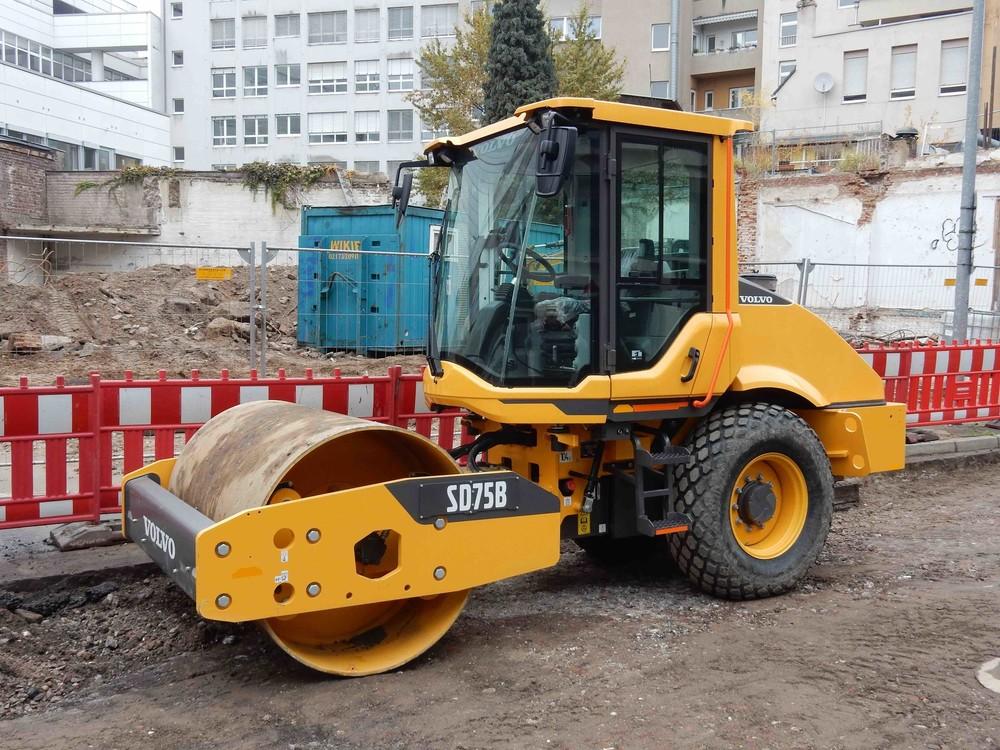 1713416932_Volvo12112019002.thumb.jpg.f6711ad0141ecac3ea0faf26d3fd24d8.jpg
