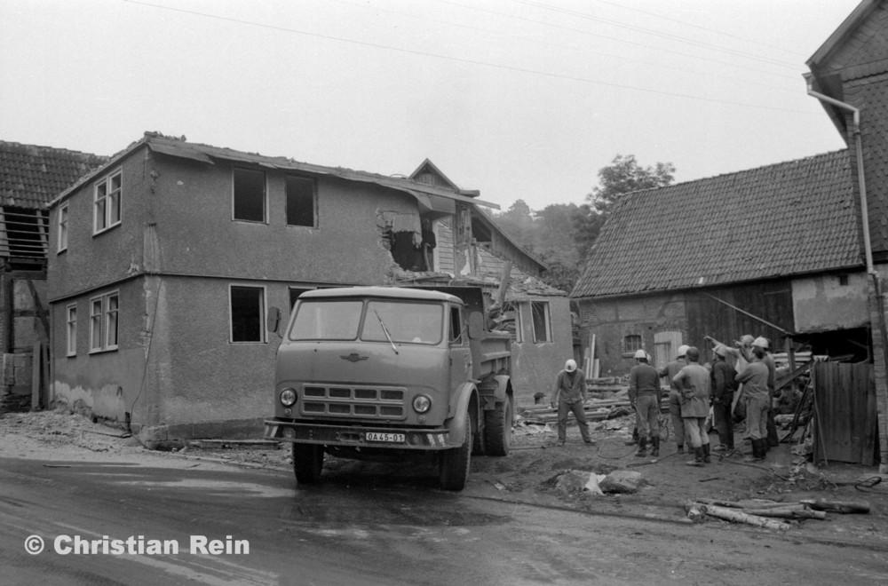 h-sw-067-24-Film1-Hausabbruch Hepp Brotteroderstraße Freitag 15.06.79-16.jpg
