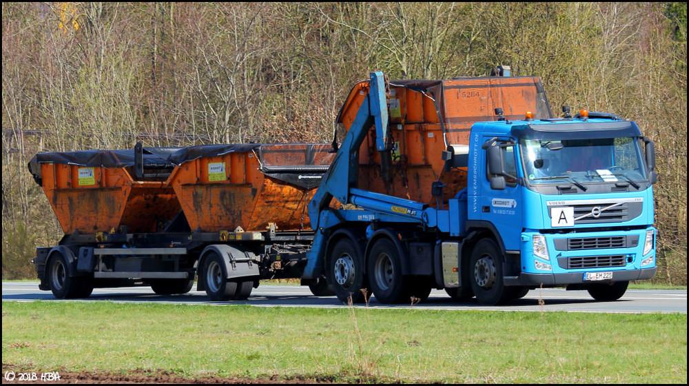 Volvo_FM_Container_Emsschrott.thumb.jpg.ff8ebf18a81ac87f26f1b8f1c5d40fa9.jpg
