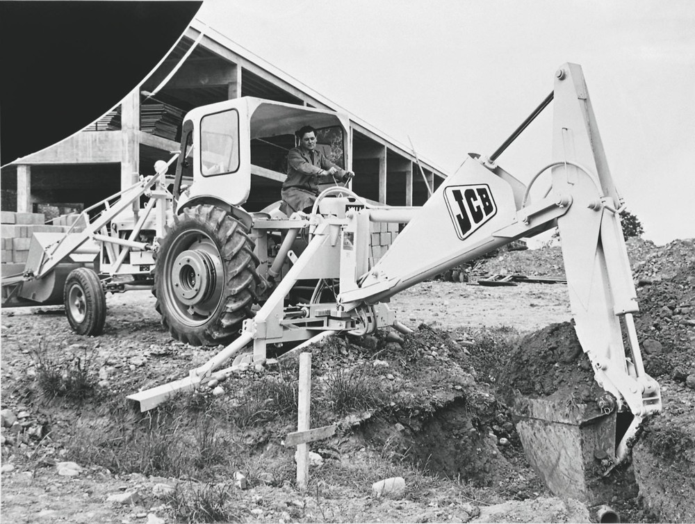 1957 - the JCB Hydra-Digga was advertised as being able to dig through rock (1920).jpg