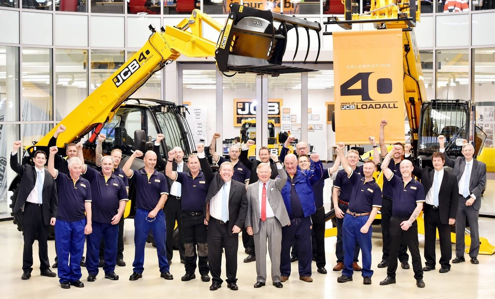 2017 -JCB Chairman Lord Bamford leads the cheers to celebrate the JCB Loadall's 40th anniversary.  (1920).jpg
