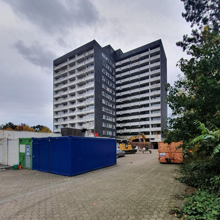 Hochhaus-Gladbeck-27-10-2020_001.thumb.jpg.fb2a8e7a3b298eca1618d89d2aacacca.jpg