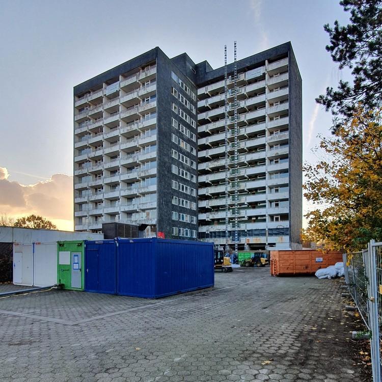 Hochhaus-Gladbeck-20-11-2020_002.thumb.jpg.bc0c9d6be84a3680ccd8848cfe2e617d.jpg