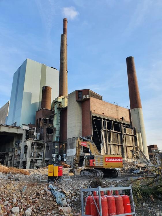 Kraftwerk-Luenen-14-11-2020_002.thumb.jpg.53dd5ab7c800ccdf8bdc478f5938c537.jpg