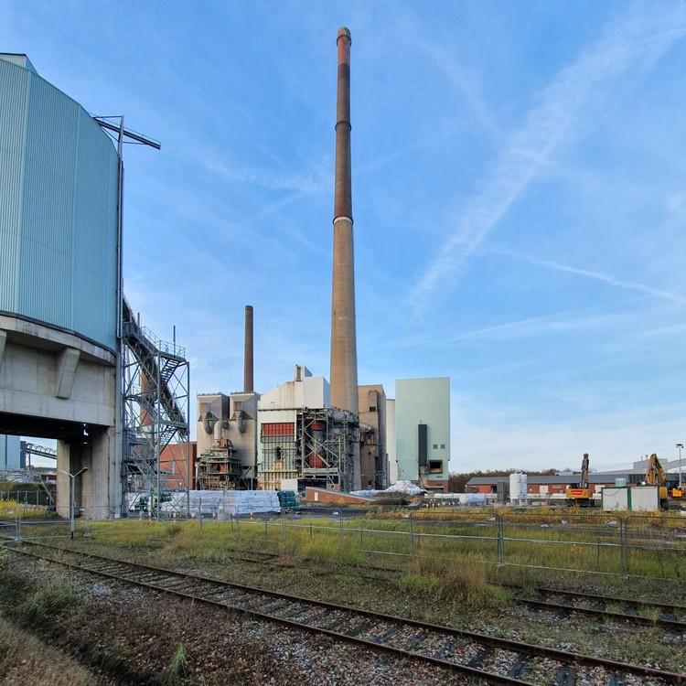 Kraftwerk-Luenen-14-11-2020_005.thumb.jpg.34c507a032f91a8fbf78ec55e1ea25cc.jpg