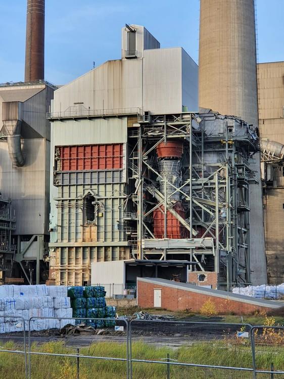 Kraftwerk-Luenen-14-11-2020_006.thumb.jpg.f468c0eb46e5d29ef26501d289c4a4aa.jpg