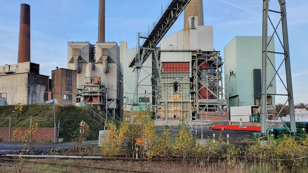 Kraftwerk-Luenen-14-11-2020_007.thumb.jpg.fb8f503bff6a68db7503693745784c87.jpg