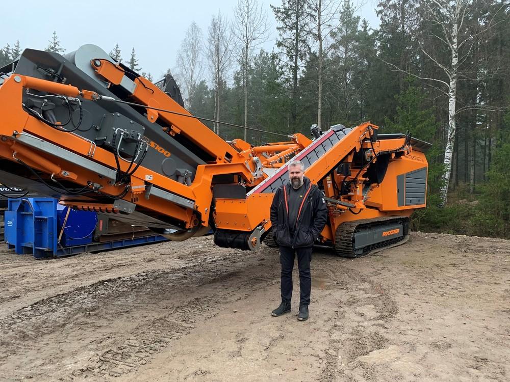 Abb.3_Rockster_R1000S_Mobile-Impact-Crusher_5106_Construction-Waste_Sweden_ Customer_John_Torsell.jpg