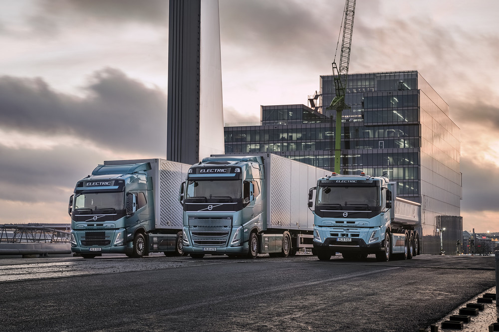 volvo-trucks-now-ready-to-electrify-image1.jpg