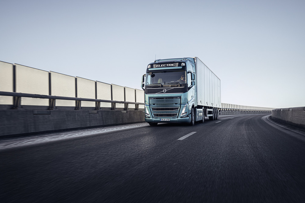 volvo-trucks-now-ready-to-electrify-image4.jpg