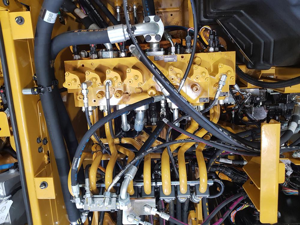 Bild 2 Elektrohydr. Vorsteuerung.jpg
