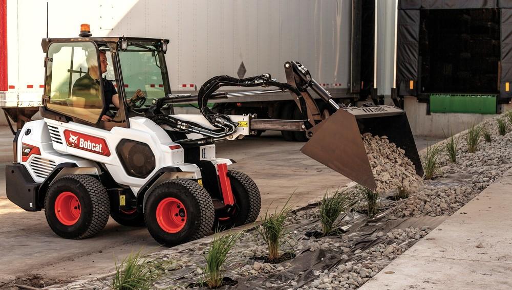 Bobcat Small articulated loader L28 (4).jpg