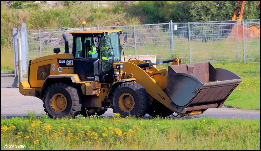Caterpillar_938M_High_Lift.thumb.jpg.992d56dd207012984ccfe0dff2d7ed74.jpg