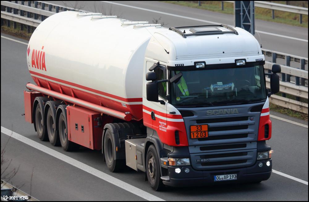 Scania_R420_Avia_Tank.jpg