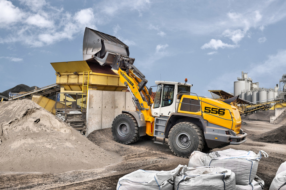 liebherr-l556-wheel-loader-xpower-high-dump-bucket-300dpi.jpg