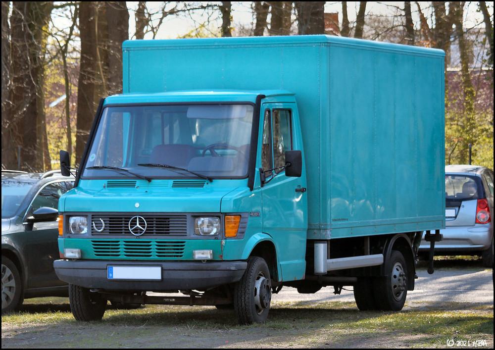 Mercedes_T1_408D.jpg