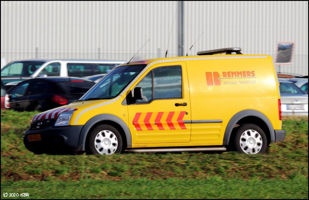 Ford_Transit_Connect_BF_Niederlande.thumb.jpg.418290b63935af49f4b45401159176c8.jpg