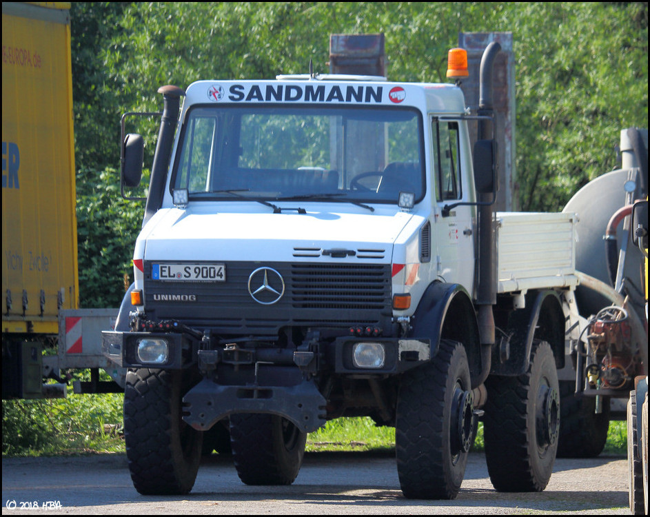 Mercedes_Unimog_Sandmann.thumb.jpg.810f724b8e7dfca6f66b61f846e76138.jpg