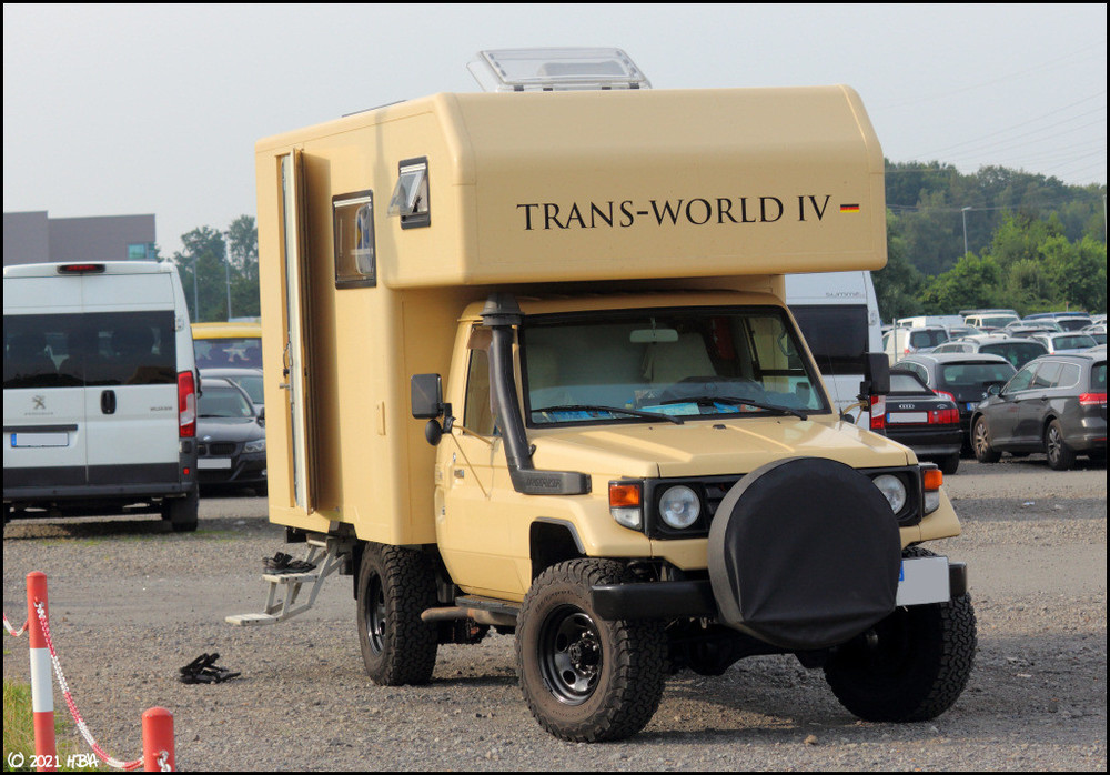 Toyota_Land_Cruiser1.thumb.jpg.4607c18dc7efc12b5b08deedcd245389.jpg