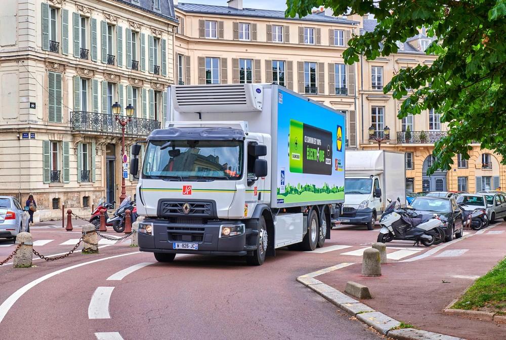 Renault-Trucks-E-Kühlfahrzeug-Lidl-2.jpg