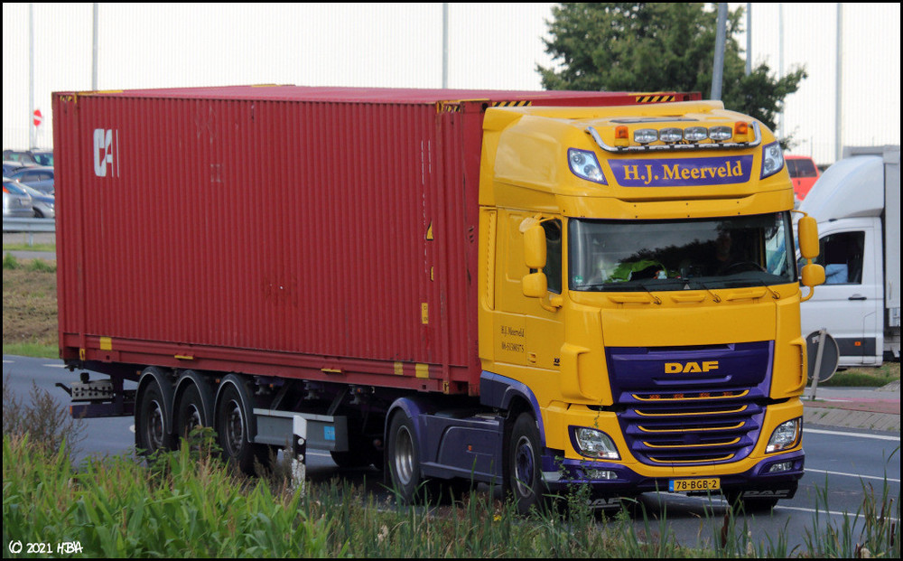 DAF_XF_Meerveld_Niederlande.thumb.jpg.dc66b1c1a6dbba33cfd41aedd87219ce.jpg